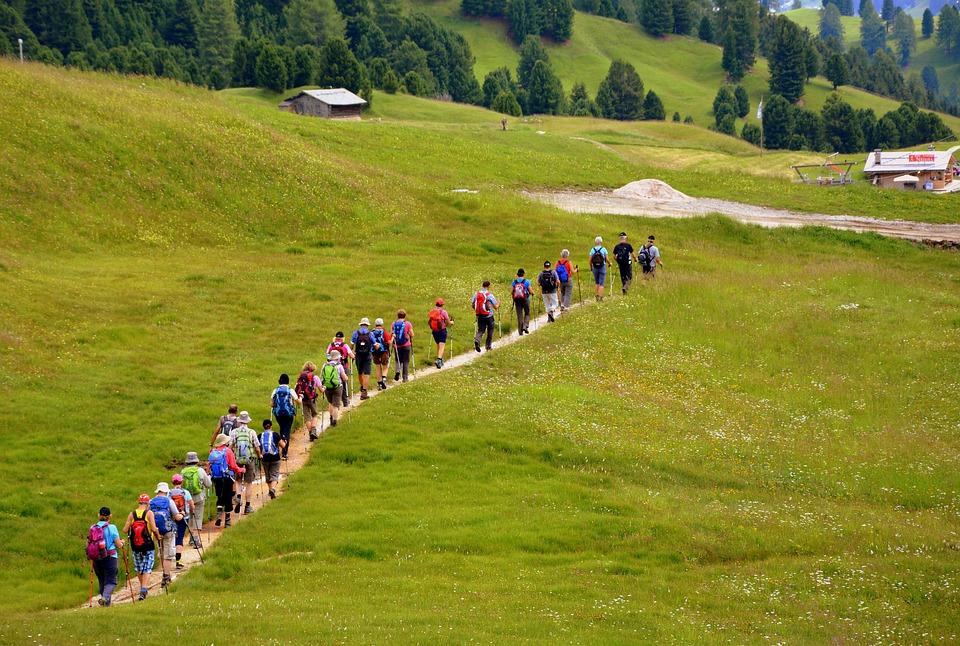 escursionismo-trekking-gruppo