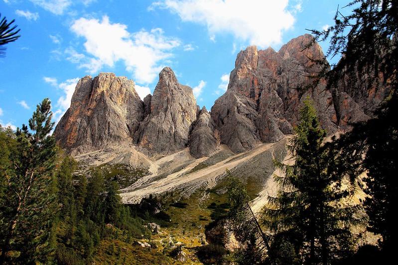 Le 10 migliori escursioni sulle Dolomiti da non perdere