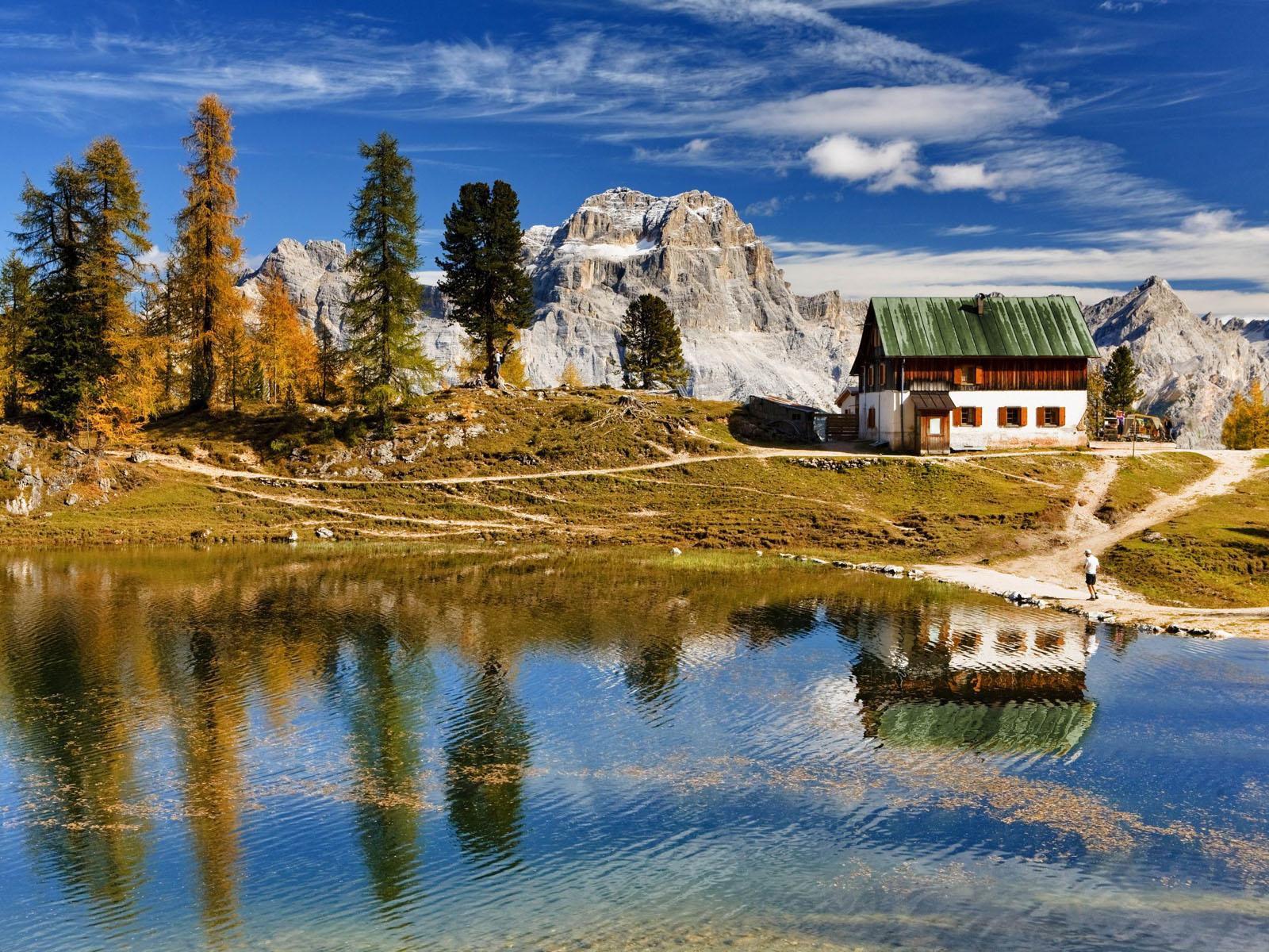 Giro ad anello: Lago Pianoze, Gores de Federa, Malga Federa e Rifugio Palmieri alla Croda da Lago